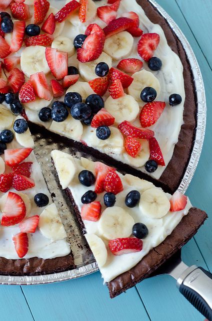 "Red, White & Blue 4th of July"" Fruity Brownie Dessert Pizza by Pennies on a Platter, via Flickr"