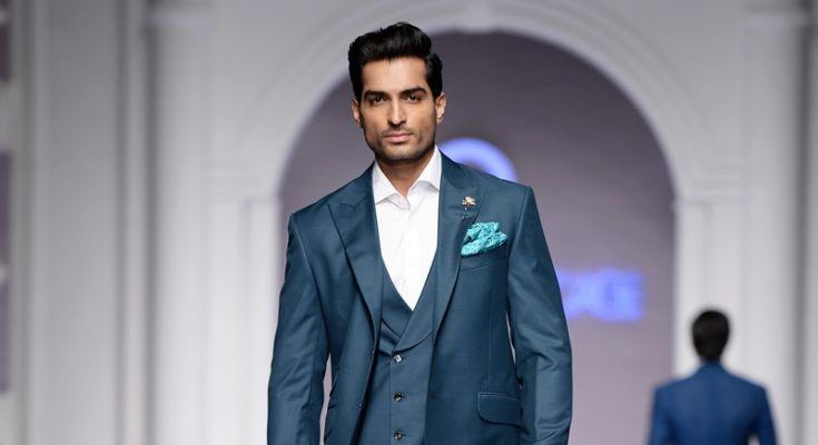Supermodel Omer Shahzad Is the Latest Addition to the Cast of 'Jawani Phir Nahi Ani 2'