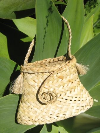 Flax Weaving - Kete                                                       …