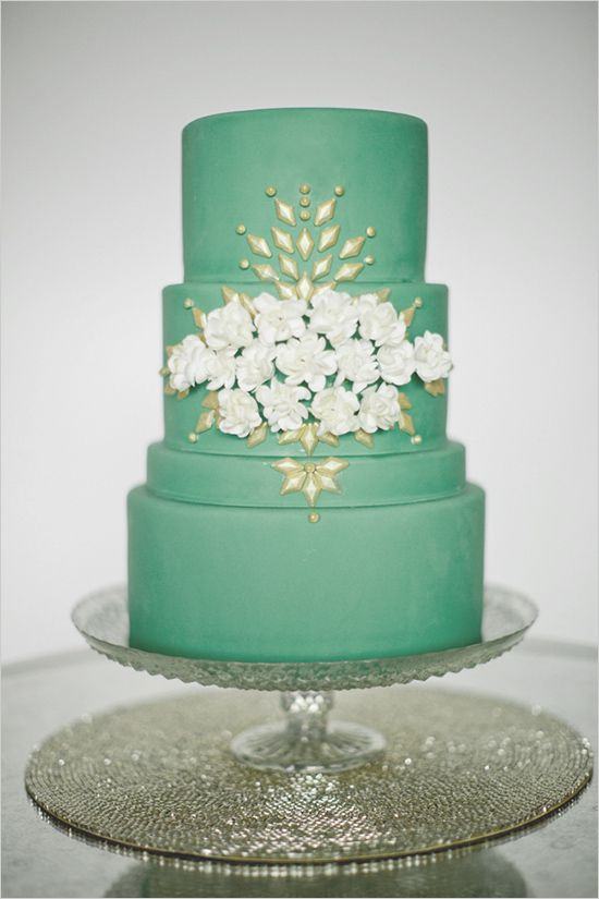 green and gold mint wedding cake