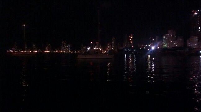 Noche en bahia de Cartahema