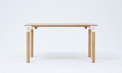 Baton dining table 1400