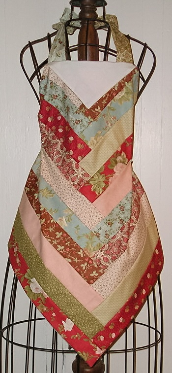 Jelly roll.... @modafabric 2.5'' strips into an apron