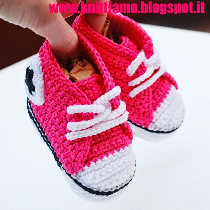 come fare scarpe all'uncinetto per neonati