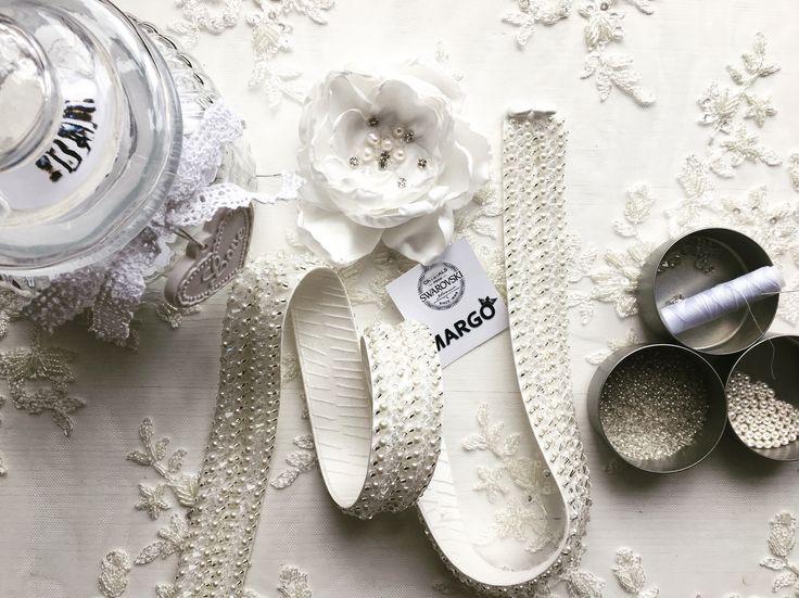 #crystals #beads #embroideryaccessories #precious #swarovski #swarovskicrystals #swarovskipearls #beautifulday #luxurious #luxury #luxurystyle #silkflower #handmade #pearls #handmade #margele #margo #margoconcept #margoconceptatelier #brideaccessories #bespokeaccessories #preciousaccessories #instafashion  #fashionaddict #custommade #bespoke #weddingaccessories #accesoriimireasa #luxuryaccessories #brasov #cristale