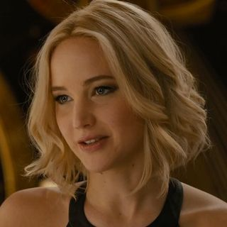 Passenger 2016- Jennifer Lawrence