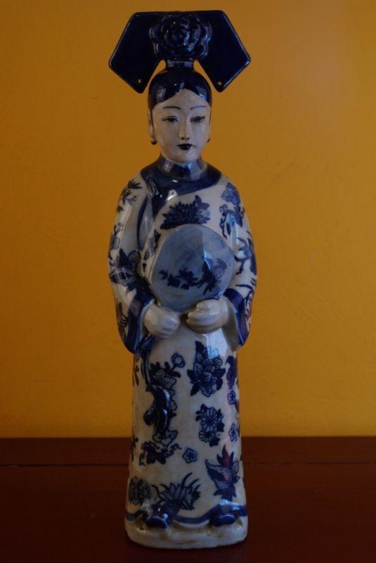 Statue Porcelaine Bleu Blanc Impératrice Chinoise