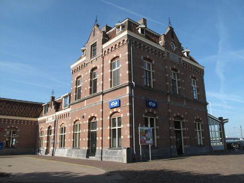 het Stationsgebouw, train station, Enkhuizen