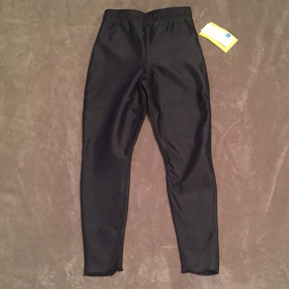 Hot Chillys Fleece lined Black waterproof pants Brand new woman's fleece lined pants made to protect you from the elements. Form Fitting. Can be used as ski pants. They keep you very warm and dry. Hot Chillys Pants Leggings