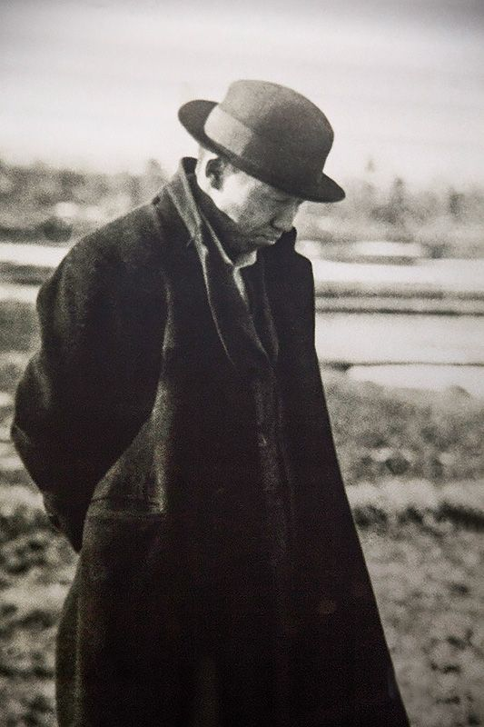 In his short life, Miyazawa Kenji wrote some of Japan's most beloved poems and…