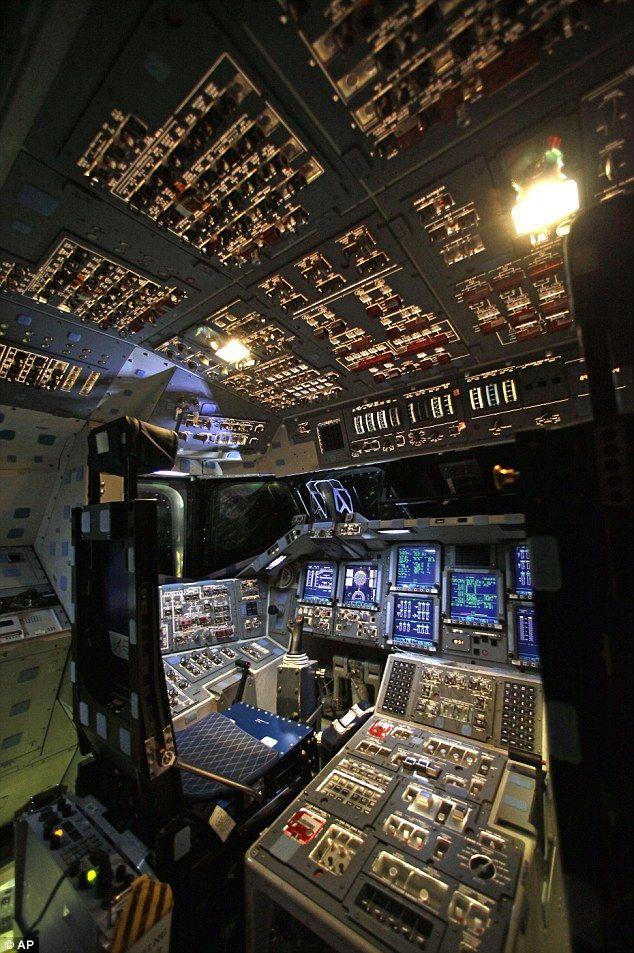 Endaevour flight deck
