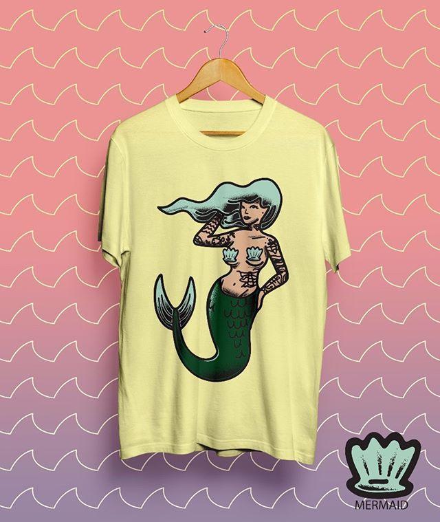TENGO A LA VENTA A 26K Y COMBO CON STIKERS A 30K  #tshirt #camiseta #vendo #sirena #diseño #ilustration #ilustracion #draw #ibague