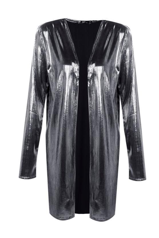 Ordered this metallic duster from Boohoo.com this weekend. Think it's gonna look great with just simple black trousers and a shirt