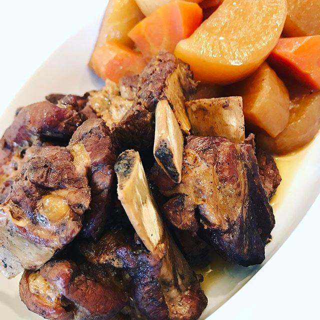 スペアリブと大根のポン酢煮  美味しかった! 簡単万歳。  #夕飯 #今日の夕飯 #晩ご飯 #dinner  #肉 #スペアリブ #pork  #おうちごはん #煮込み料理  #圧力鍋 #homemade