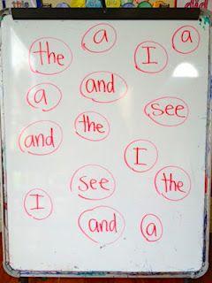 Na tabuli napsaná slova -  dva týmy - učitel řekne slovo, kdo první smaže, získává bod
