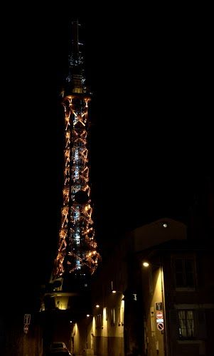 Metallic Tower Lyon
