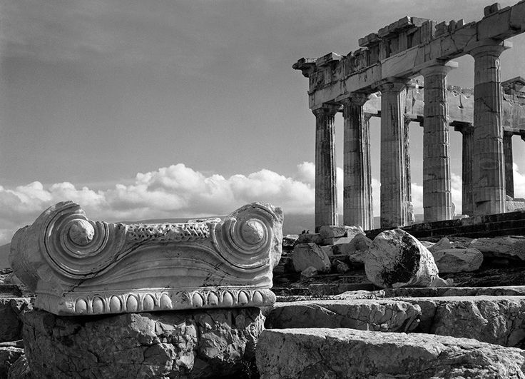 Nelly's, Ionic capital and the northeast corner of the Parthenon, 1925-37 © Benaki Museum Photographic Archive