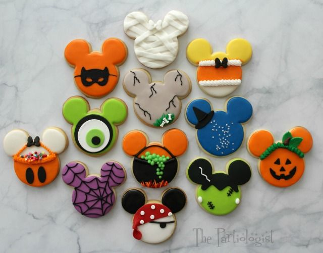 The Partiologist: Disney Themed Halloween Cookies!