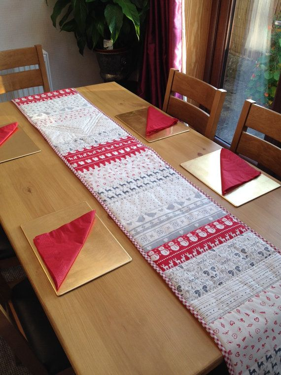 christmas table runner christmas decorations christmas table table runner xmas table runner. Black Bedroom Furniture Sets. Home Design Ideas