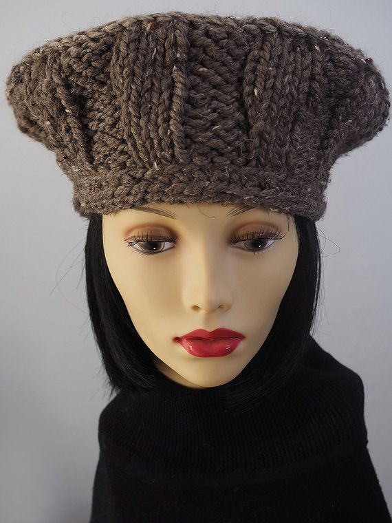 Knitting Pattern Russian Hat : 17 Best images about REGAL RUSSIAN HATS on Pinterest Black knit, Folklore a...