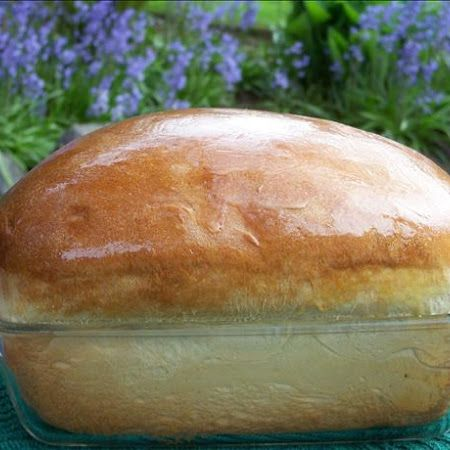 How much do you love Hawaiian rolls? Challenge yourself to homemade sweet Hawaiian bread. #Recipe