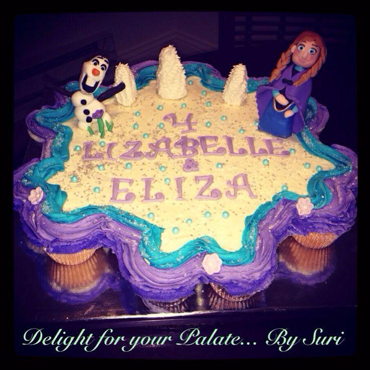 frozen movie Cupcake CakeFrozen Cupcake Cake