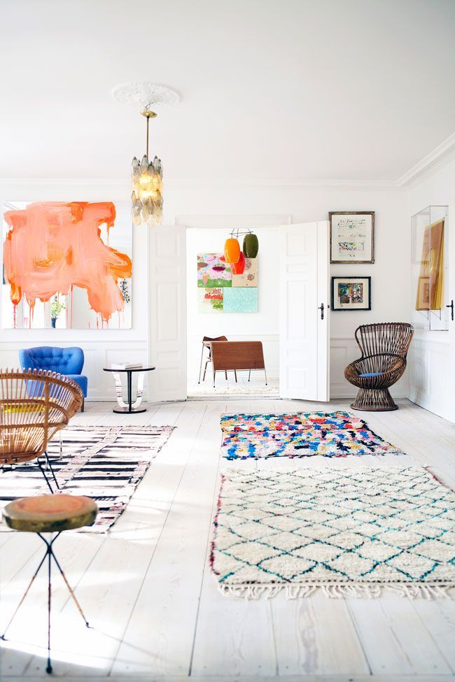 : Spaces, Idea, Living Rooms, Moroccan Rugs, Floors, Colors, Interiors Design, Apartment, White Wall