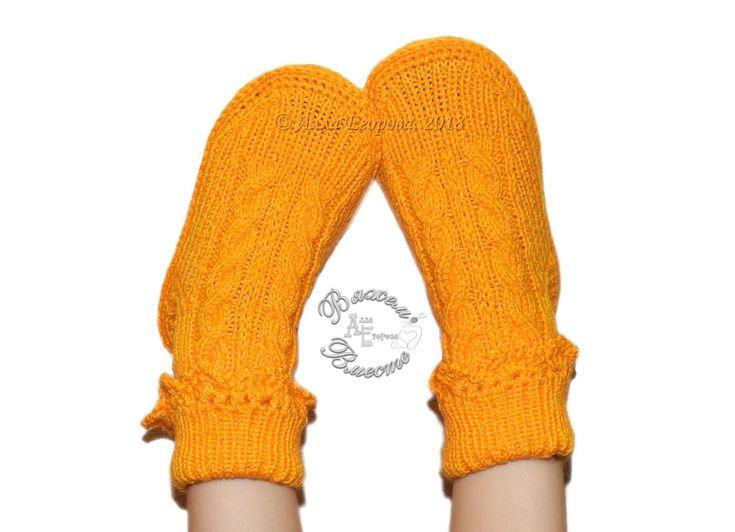 Носки-сапожки спицами на 4-5 лет Видео по их вязанию смотрите здесь https://youtu.be/fPoyoLLxcdc