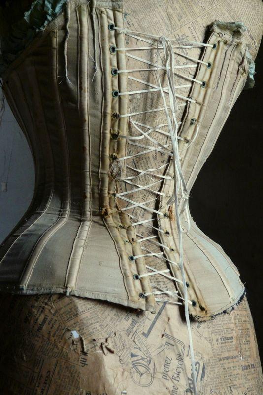 antique shabby corset de merel brocante