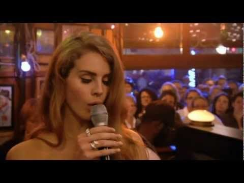 Lana Del Rey - Video Games (Live on Inas Nacht, Nov. 12, 2011)