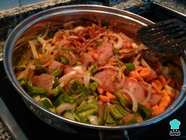 Pollo Guisado Con Verduras Fácil Receta Pollo Guisado Con Verduras Pollo Guisado Pollo