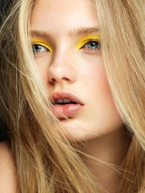 Gele neon #oogschaduw #makeup