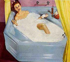 1947 American Standard neo angle bathtub (Pam Kueber, RetroRenovation.com) Tags: pink blue modern vintage bathroom cosmopolitan bath retro 1940s tub bathtub atomic kohler 1947 40s midcentury retrorenovation