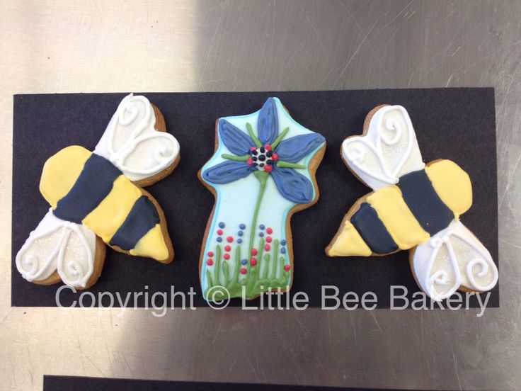 Christmas gift for Bee Good who use honey and plants in their skin products including borage