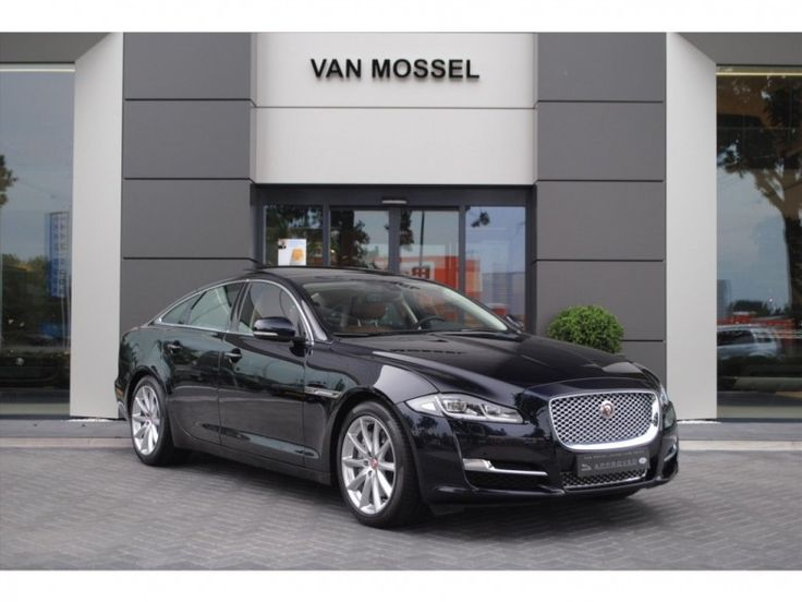 Jaguar XJ  Description: JAGUAR XJ 3.0 V6 300pk Premium Luxury  Price: 1128.16  Meer informatie