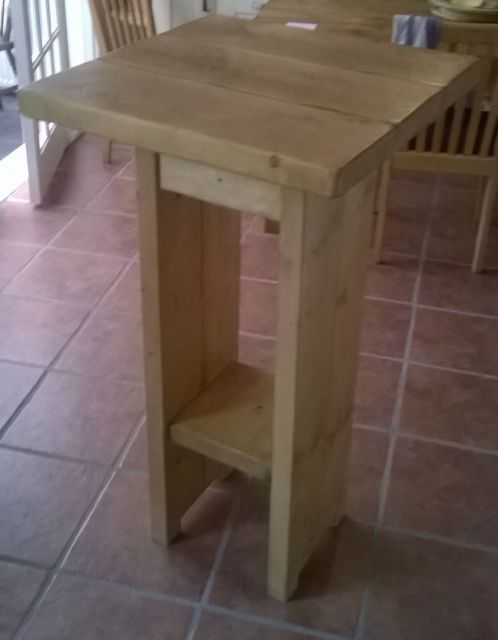New Rustic Cafe Style Breakfast Bar Table/Kitchen Table on Gumtree