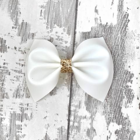 f4bbd37c65ae POOL BOW White Jelly Charlotte bow | Accessorize | Trendy kids, Boy ...