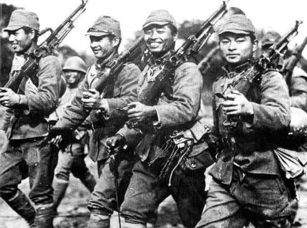 The idea of a fanatical Japanese soldier, unaware the war is over, fighting on for decades in the jungles of some remote Pacific island is so familiar it has become a cliché. But Teruo Nakamura, th…
