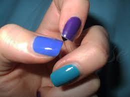 Risultati immagini per unghie viola scuro e blu
