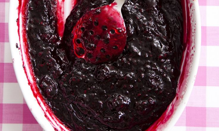 Recipe: Oven-baked bramble jelly
