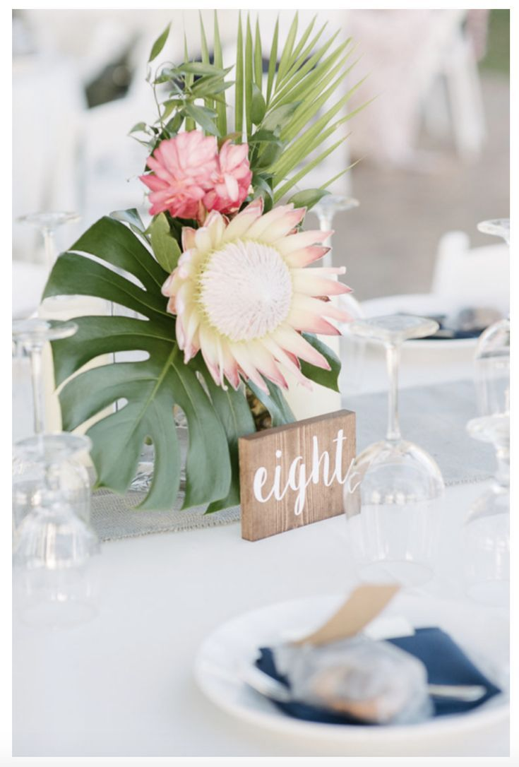 Simple Yet Elegant Tropical Wedding Floral Centerpieces With