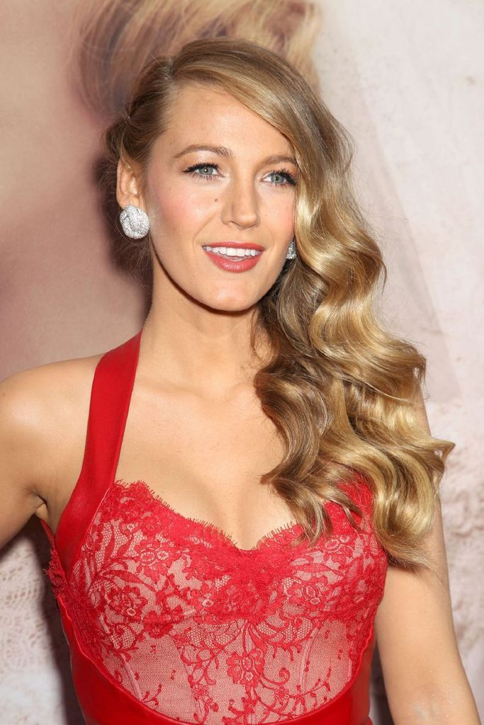 "Blake Lively - ""The Age Of Adaline"" Premiere In New York : Global Celebrtities (F) FunFunky.com"