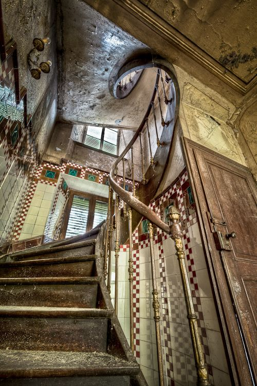 abandoned farmhouse near LuxembourgOld House, Spirals Staircases, Old Farmhouse, Farms House, Platform Beds, Architecture, Abandoned Farmhouse, Abandoned House, Abandoned Places