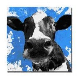 Tableau Tête de Vache Fond Bleue 50 x 50 cm. Imprimé en haute définition sur toile canvas 100% coton. Chassis à clé en sapin. Fabrication Française. Livraison : 7 jours.
