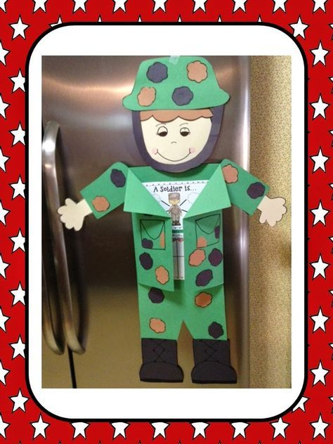 A fun and engaging Veteran's Day Lesson Craft and Lap Book!