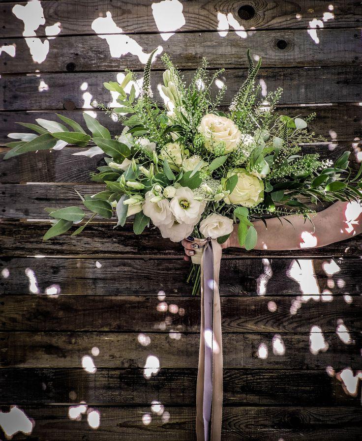 White & green boho bridal bouquet