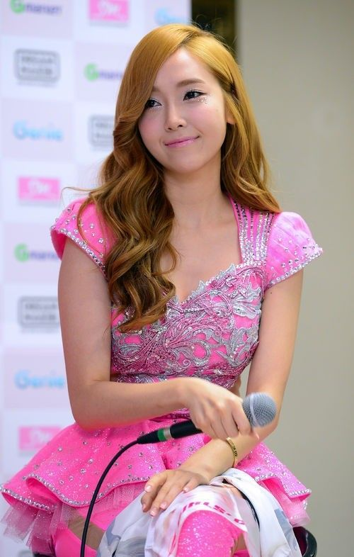 """Girls' Generation #Jessica Participates in 'Cyrano Agency' OST 