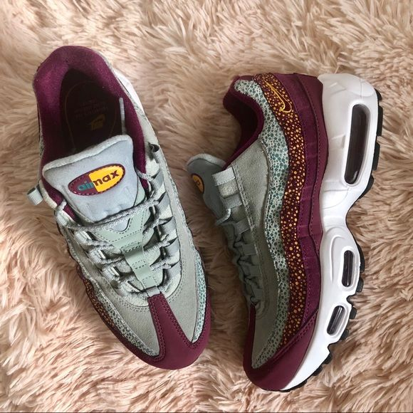 36a52a3223 Nike Air Max 95 Premium Women's- NWT in box.. Never worn REASONABLE offers  Ships same or next day -Fits true to size- The Nike Air Max 95 Premium  moves with ...