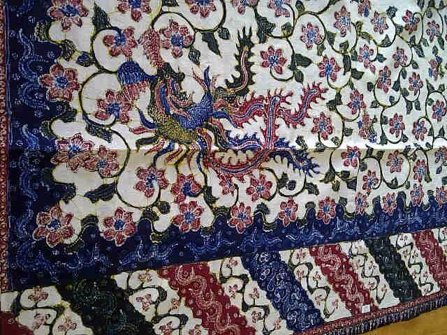 Hand drawn Batik Lasem Bangbiron or Abang (red) and Biron (blue). Private collection of Arief Laksono.
