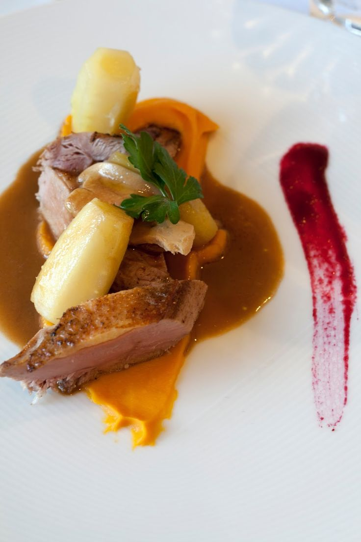 Fazant, foie gras, zoete aardappel, gele wortel